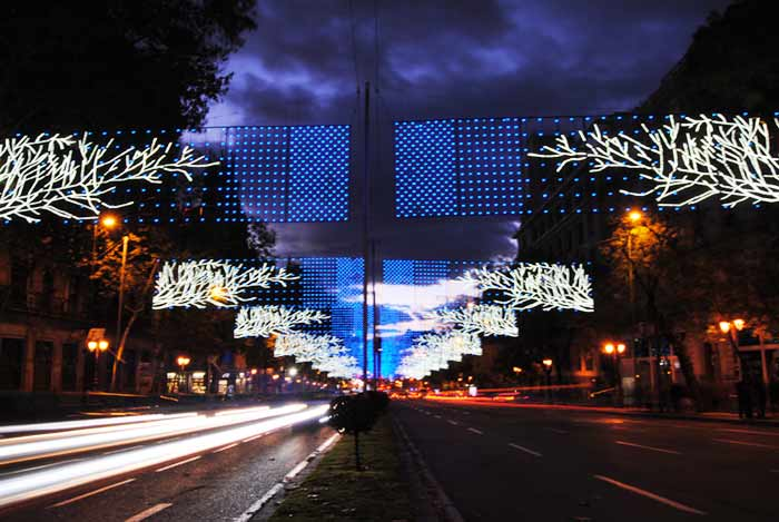 Iluminación navideña en la calle de Alcalá.